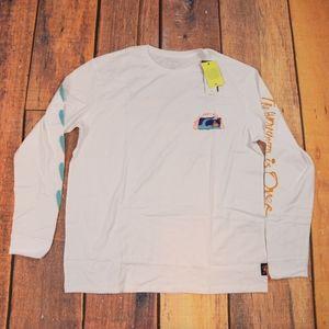 Quicksilver t shirt various sizes/ white color/